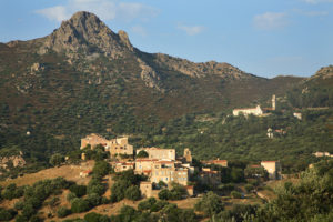 Pigna en Balagne en Corse @Stephane Guiraud Balades guides et fiches randonnées en Balagne